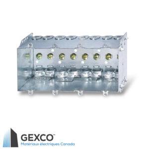 Boîte de dispositif quadruple 2104-LLE4 avec brides, pointes de fixation et guides en acier galvanisé.